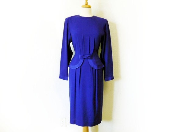 Vintage 60s Cocktail Dress Depecher bow bombshell pin-up wiggle knee length Iris Dress
