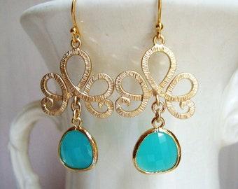 Matte Gold Tiara and Aqua Blue Glass Teardrops Earrings. Bridal Earrings. Bridesmaid Earrings. Wedding Earrings