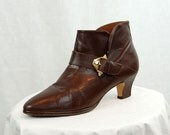 1980s short boots, brown leather ankle boots, Bruno Valenti, Boots with buckle, Boots with heel, Size 8
