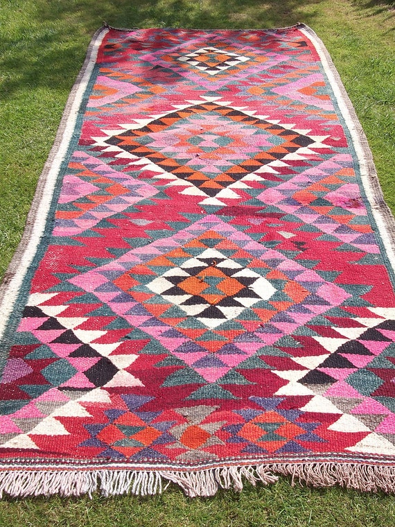 Vibrant Woven Persian Kilim.  8 ft x 4 ft. Bright  Wool Rug/Kilim/Carpet Runner.  Afghanistan.