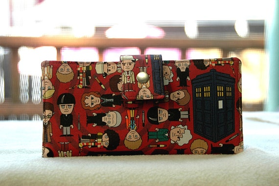 Wallet clutch womens   Dr Who fan's here it is in Red