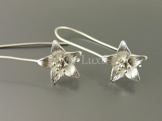1584-MR (2 pairs) Matte rhodium plated Azalea star flower with extra long ear wires