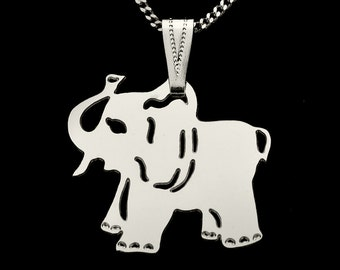 SILVER PLATED ELEPHANT on chain necklace.