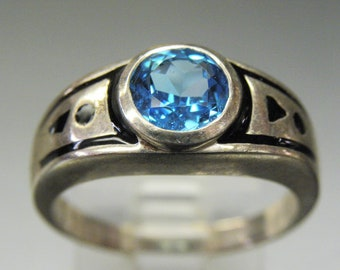 Beautiful Blue Topaz Glass  Sterling Silver Black Enamel Vintage Ring
