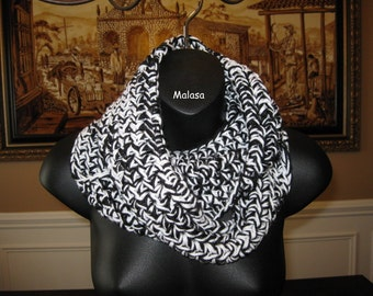 Tunnel COWL Neckwarmer in Black & White  or CHOICE your Color - Handmade crocheted Knit
