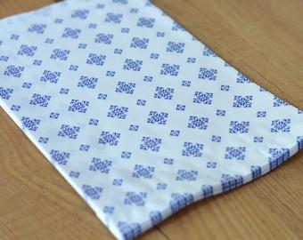 Paper favor bag blue white kraft 40gr 17,5x26cm 20 pieces