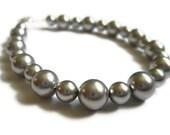 Silver Pearl Bracelet / Light Silver Pearl Bracelet - Silver Gray Swarovski Pearls Winter Bracelet