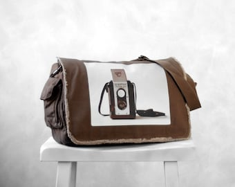 Messenger Bag - The Argoflex - Vintage Camera Photograph - School Bag - Java brown - Canvas Bag