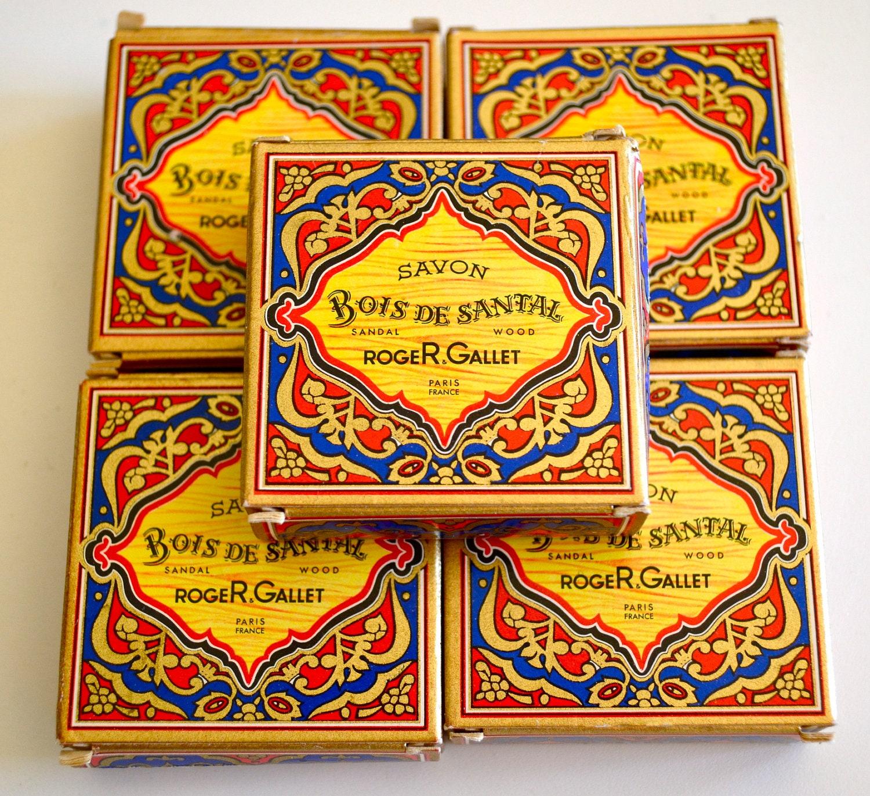 Bois De Santal Parfum - Vintage SAVON Roger Gallet Bois De Santal Perfumed Soaps set