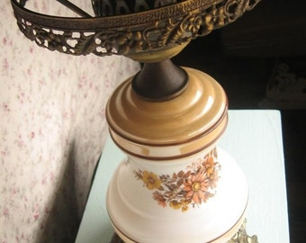 Antique Shabby Chic Victorian Lamp 1970