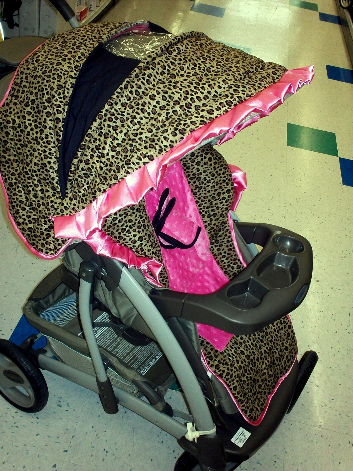 Hot Pink And Black Baby Trend Car Seat
