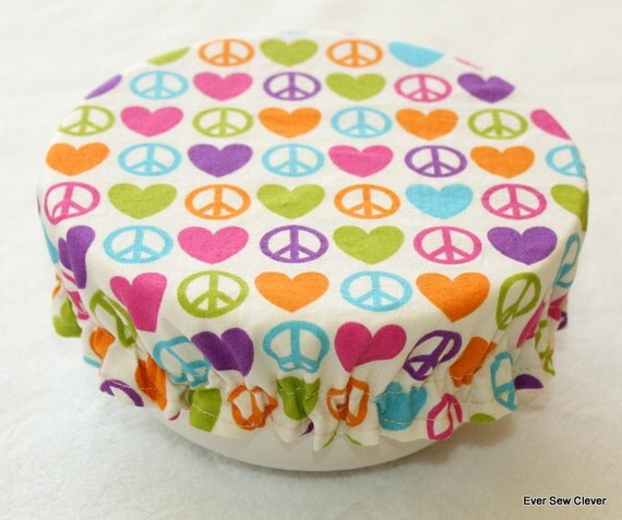 Reusable Bowl Covers BPA Free Eco-Friendly Washable  - 8 Inch Hearts & Peace On Cream