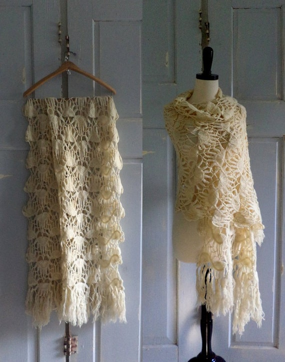 1920s Antique Shawl Wrap Scarf Crocheted Intricate Design One Size Fits All