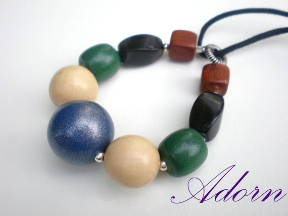Nursing Necklace with Wood Beads for Breastfeeding Moms