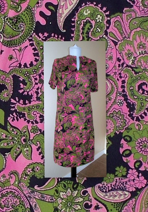 dress is reserved////////////////////////////////////////////////60s VINTage psychedelic mod hip hippie dress