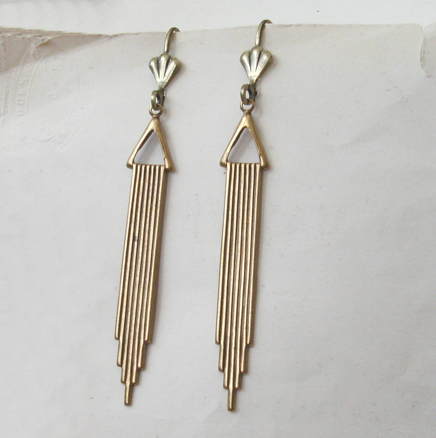 gold art deco earrings antiqued gold deco wedding choose. Black Bedroom Furniture Sets. Home Design Ideas