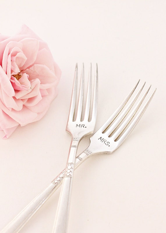 Wedding Forks. Mr. and Mrs. Forks Wedding Table Setting 1935-1948 Capri Vintage Modern