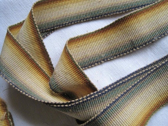 Super-stylish vintage French wool braid, trim, gimp, webbing, great curtain edging, 93 inches long, 237 cm