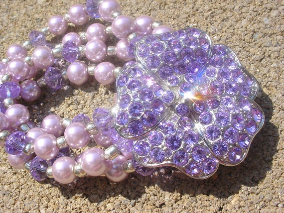 Free US shipping! Artisan Flower Bead Brooch Bracelet Lavender