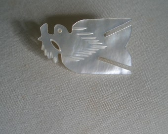Vintage Mother of Pearl Hand Carved Dove Bird of Peace Brooch Pin