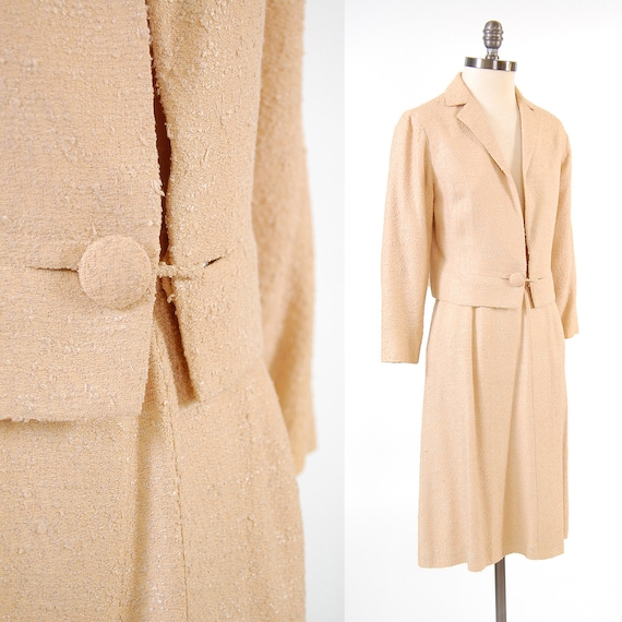 SALE Vintage 60s cream boucle Jacket and skirt set / Mad Men secretary suit set