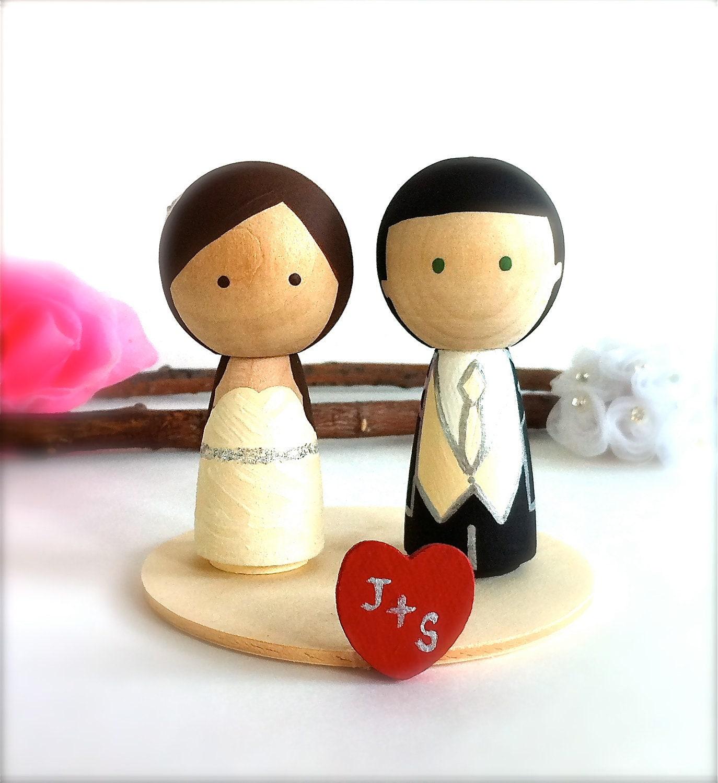 Kokeshi Dolls Wedding Cake Ideas and Designs