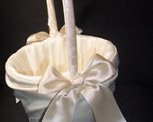White or Ivory   Wedding Flower Girl Basket