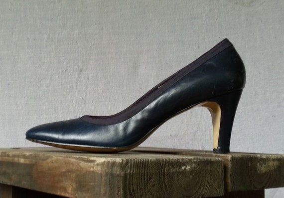60s Leather Navy Blue Pumps Woven Piping Pointed Toe De Liso High Heels  Size  US 7 / UK 5 / EU 37