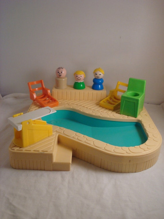 Vintage 1986 Fisher Price Little People 2526 Swimming Pool