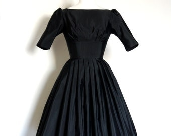 UK Size 12 / US 8-10  -  Black Grosgrain Audrey Prom Dress - Made by Dig For Victory
