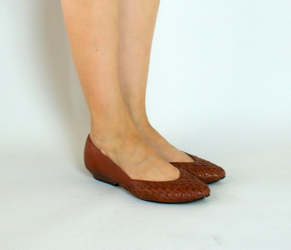 Vintage 1980s Brown Woven Leather Flats - 6.5  37