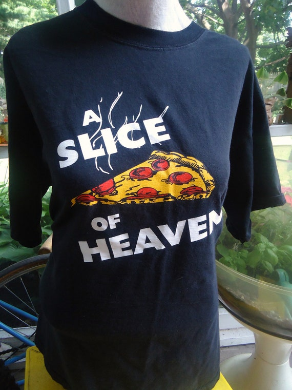 vintage tee MYSTIC PIZZA A Slice Of Heaven T Shirt 860 CT