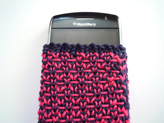 Fabulous five-dollar sale - hot pink/ navy blue tweed design Blackberry Curve case cozy - hand knitted - ready to ship