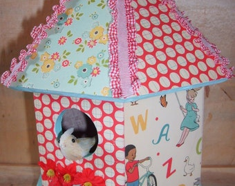 Charming Decorative Decoupaged Birdhouse