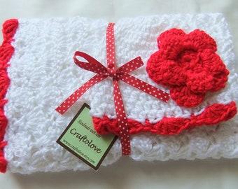Baby Girl Shower Gift set - Baby Girl blanket - Crochet baby blanket White/Red Shells and  Rose Hat  - Photography props