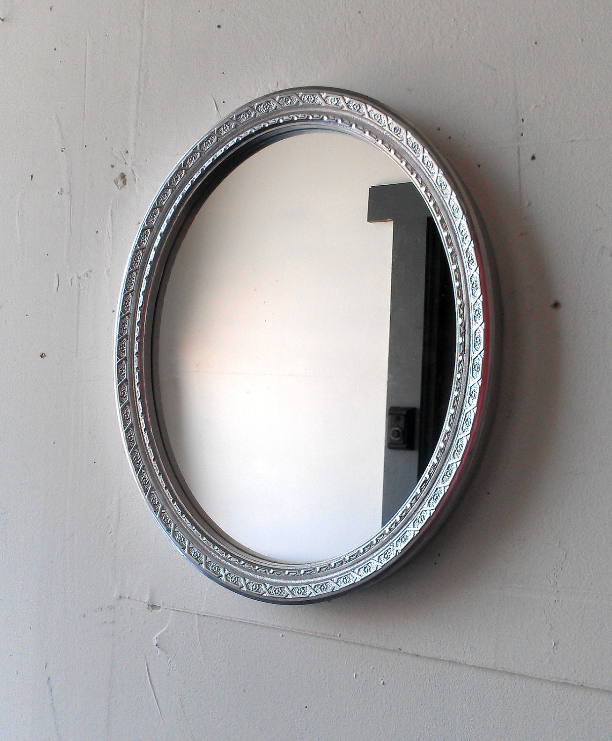 Silver Wall Mirror In Vintage Oval 13 By 10 Inches