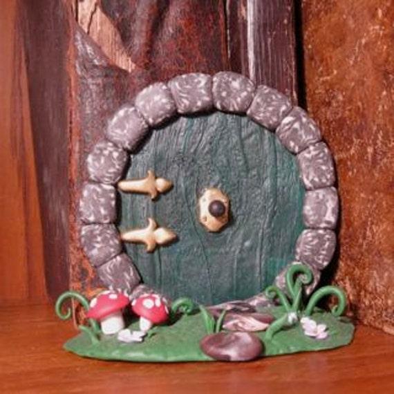 Bookshelf hobbit door