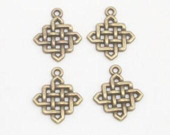 Antique Brass Metal Knots  (5)