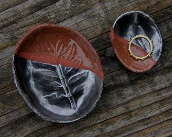 SALE Ensemble - two trinket dishes  tea bag holder spoon rest