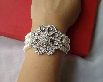 Vintage Brooch Bracelet, Pearl Bracelet, Bridal Bracelet, Wedding Bracelet, White Swarovski Bracelet, #B141