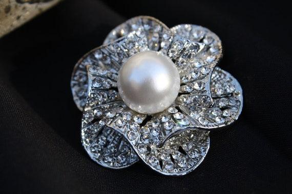 Rhinestone Pearl Brooch  - Rhinestone Pearl Crystal Brooch - Perfect For Bridal Bouquets - Bridal Sash-Style Rose Bud