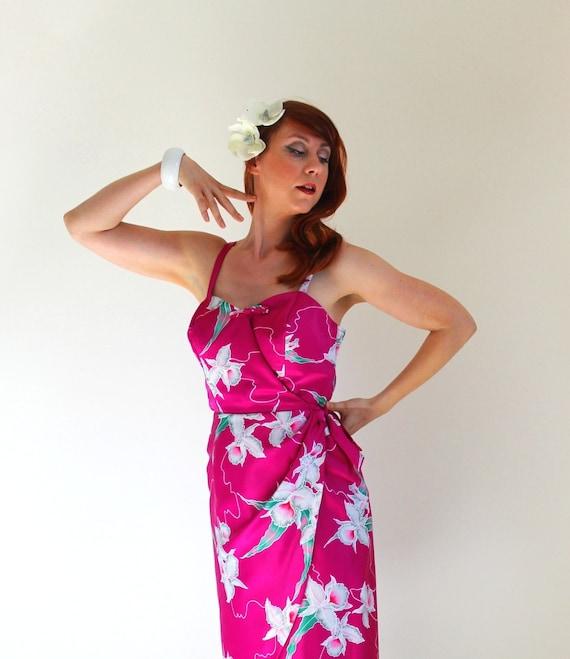Summer Sale - Vintage 80s Does 50s Floral Tiki Party Dress. Purple. Resort. Beach. Hawaiian. Tropical. Exotic. Summer. Size Medium