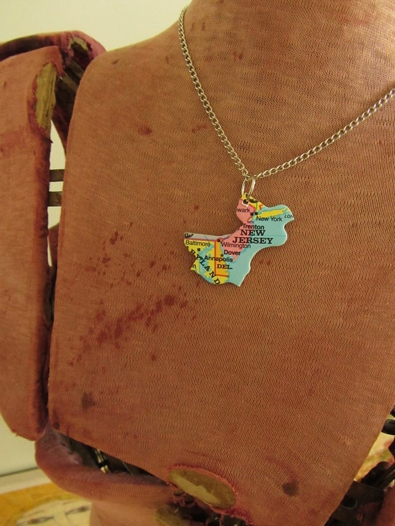 NEW JERSEY, Delaware and Maryland State Pendant Necklace - Repurposed Vintage USA State Jigsaw Puzzle Piece