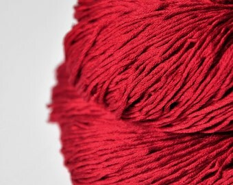 Blood queen - Silk Fingering Yarn