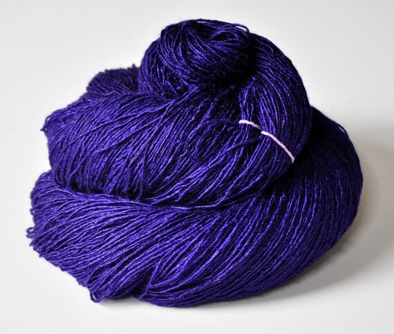 Memory of a dark tale - Tussah Silk Yarn Fingering weight