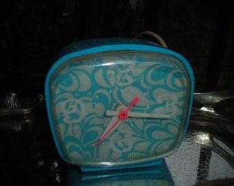 vintage clock general electric blue 1960s fab alarm clock