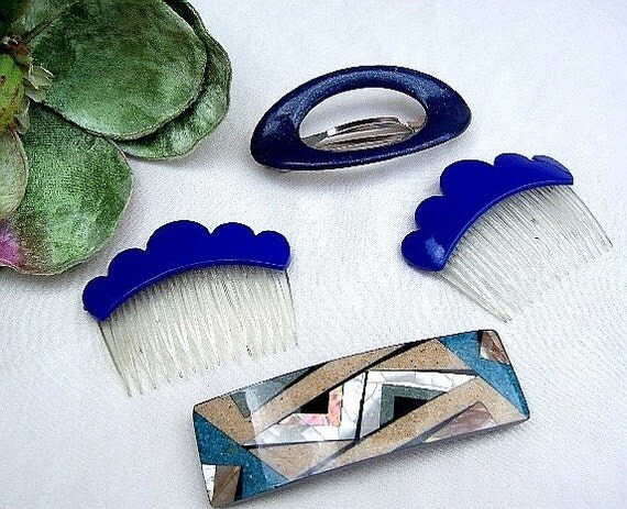 Vintage hair combs 4 funky GOODY retro blue hair combs and barrettes