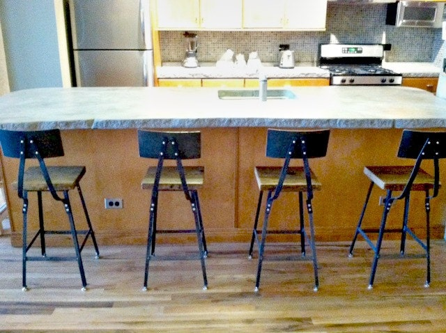 Set Of 6 Reclaimed Wood And Steel Industrial Shop Stools