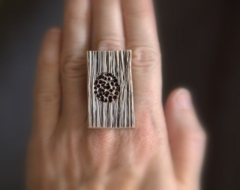 Fragment - An earthy porcelain ring with details of mushrooms