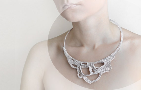 light beige crochet lace okapi necklace - Paris fashion - France -  statement jewelry - wedding necklace - spring fashion